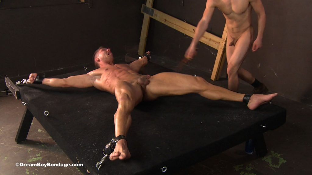 Male bondage with men