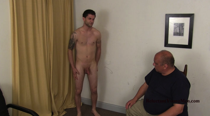 Cul d'enfer Nude Reluctant young men