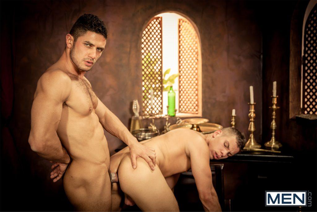 GayOfThronesPart2DMH12